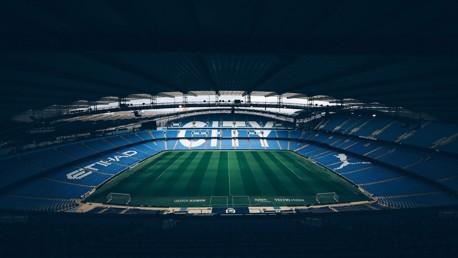 تعليق مباريات الدوري الإنجليزي حتى أبريل