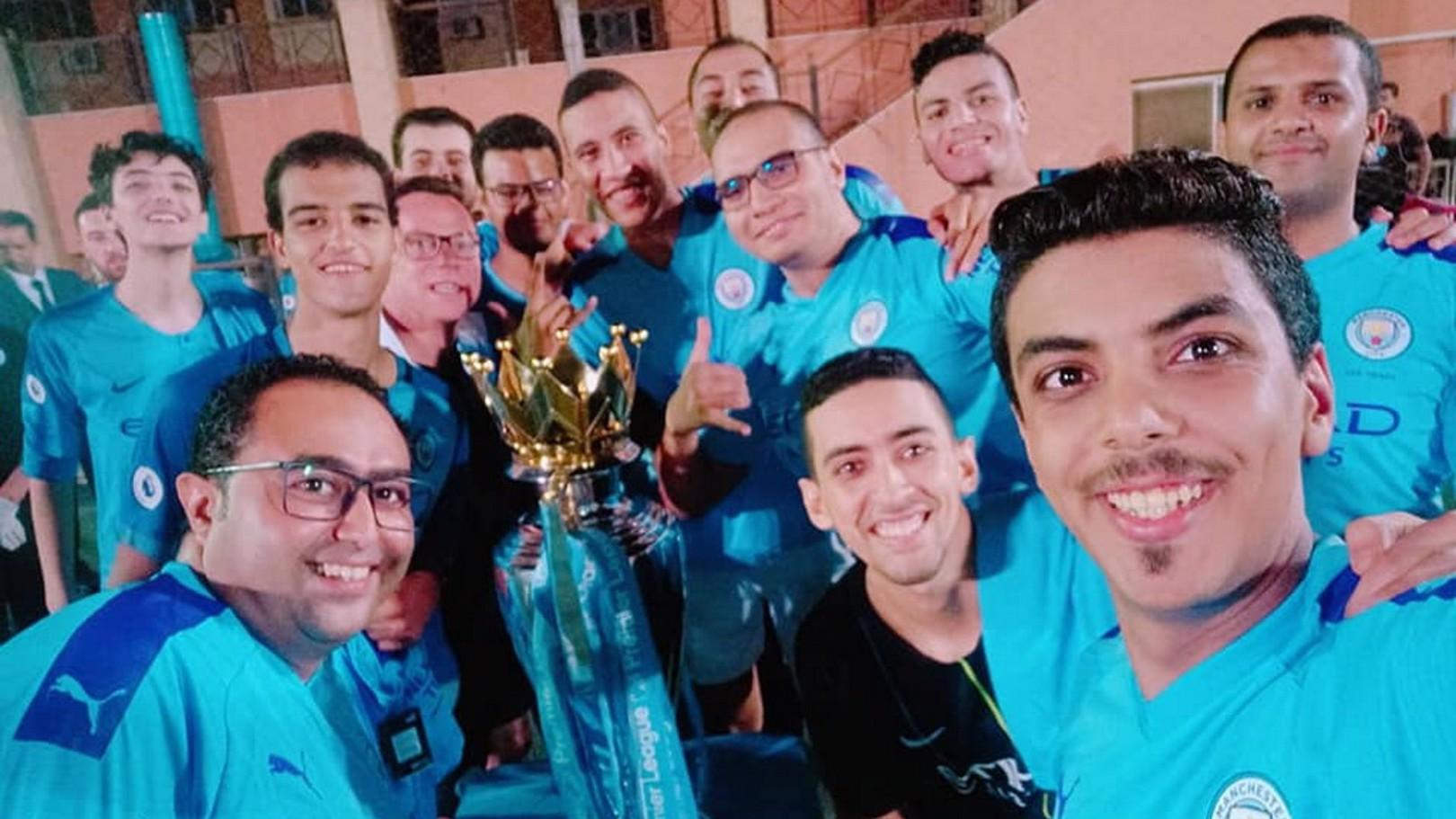 مانشستر سيتي يفاجئ فريق الرابطة الرسمية في مصر